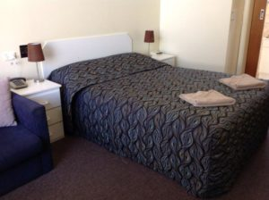 Budget Motel Grand Central Motel Limestone Coast Queen Room
