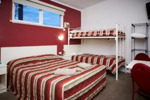 Budget Motel Chain Highalnder Haven Motor Inn Family Room Maryborough Victoria