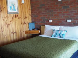 Budget Motels Country Road Motel Room #TourismVictoria #HolidayHereThisYear